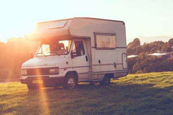 03-camping-car